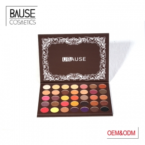 Warm & Charming eyeshadow palette